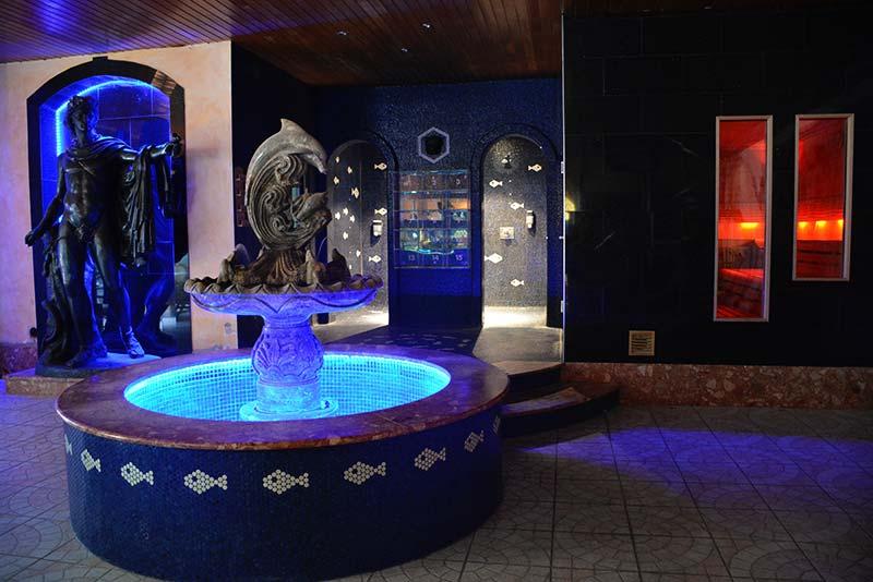 Aquarium-Sauna Karlsruhe | Brunnen im Erdgeschoss